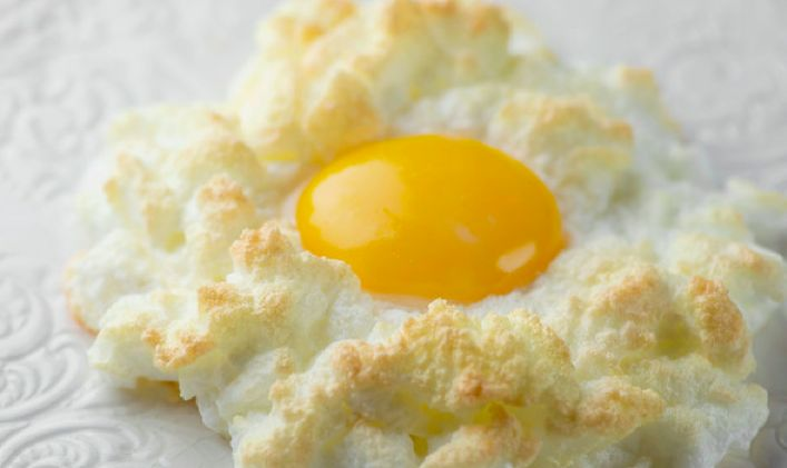 Make a simple egg a heavenly creature with this recipe for eggs in clouds!