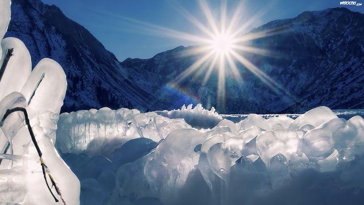 Znalezione obrazy dla zapytania góry trawy słońce
