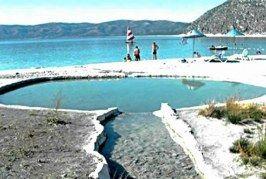 Salda Gölü Çamur Banyosu