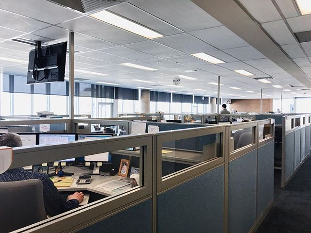 [takeover] - @roxannsimard  Département des équipes spécialisées. Une belle lumière naturel sur tout létage #laviealacapitale #takeover #lacapitale