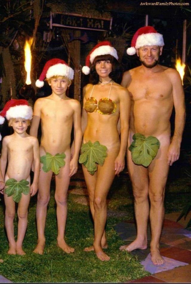 Να μια συνηθισμένη οικογενειακή Χριστουγεννιάτικη φωτογραφία #FunnyPhotosGR