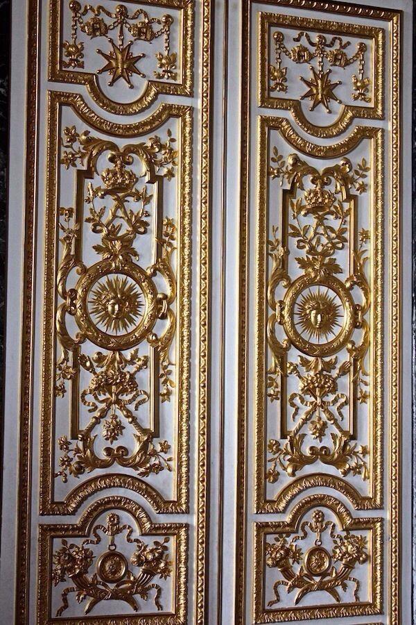 Versailles. Paneling