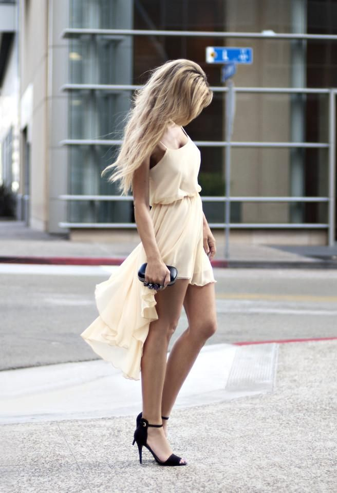 hi lo: Summer Dresses, High Low Dresses, Dreams Closet, Highlow, Cream Dresses, Street Style, Outfit, Beautiful, The Dresses