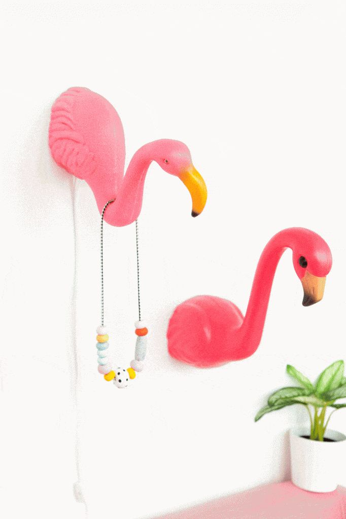 15 Super Fun Flamingo Themed Crafts | Flamingo decor ...