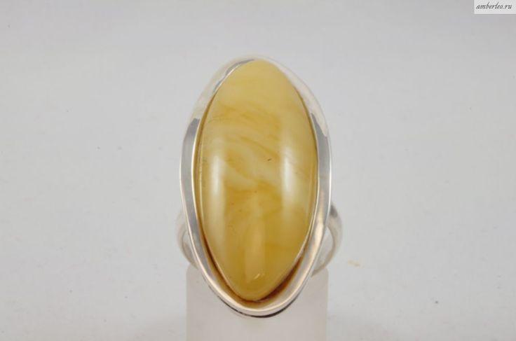 Янтарное кольцо КО092