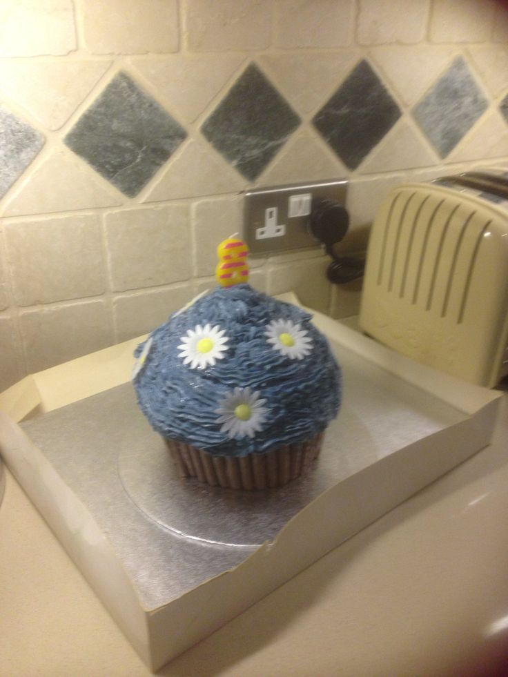 Ella's bday cake