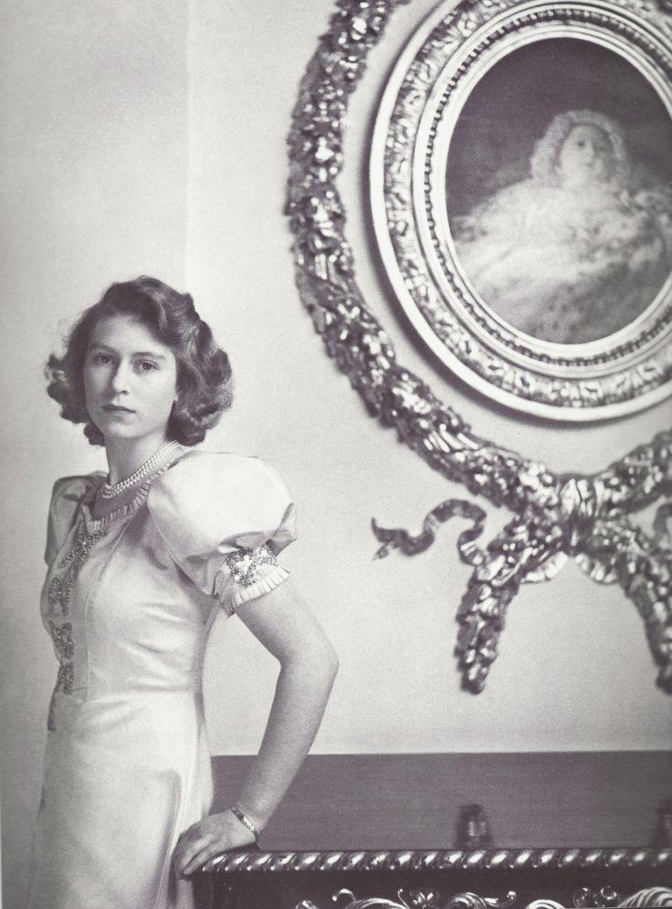 Princess Elizabeth's puffy sleeves.