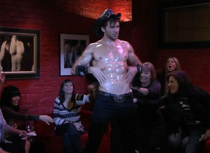 Adam Hagenbuch Shirtless in Undateable | Celebrity Hunks | Pinterest