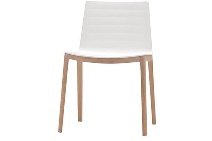 flex-polypropylene-andreu-world-chaise-bois-blanc 282 eur
