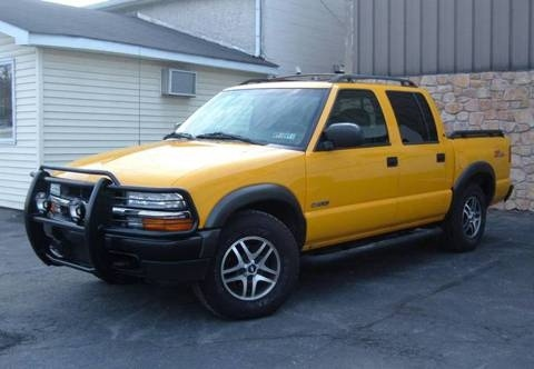 2003 Chevy S10 Crew Cab ZR5 LOADED! V6, 4X4, LOW MILES for $12,495