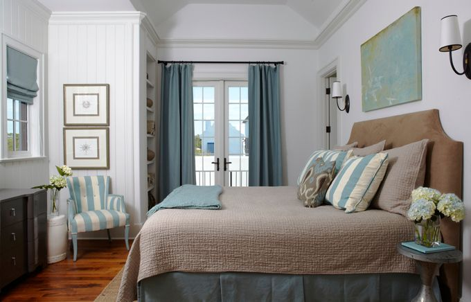 Although I'm sure you already have plenty of master bedroom design ideas in mind, before you start decorating the room you must pay attention to the basics