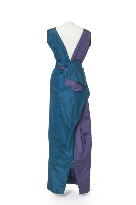 Elsa Schiaparelli, robe du soir, 1930-1935 | Les Arts décoratifs