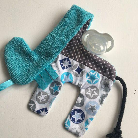 Pacifier holder pacifier clip stuffed giraffe present