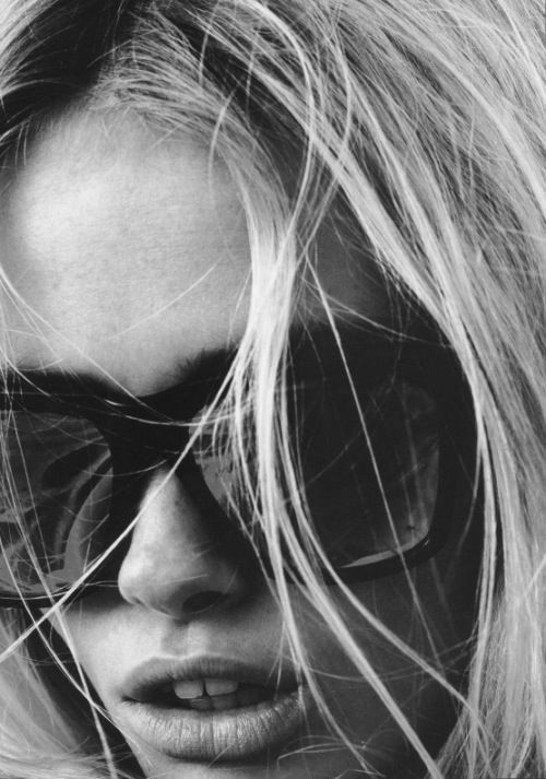 Eyeglass Frame Repair Nashville Tn : 17 Best images about Black + White on Pinterest Models ...