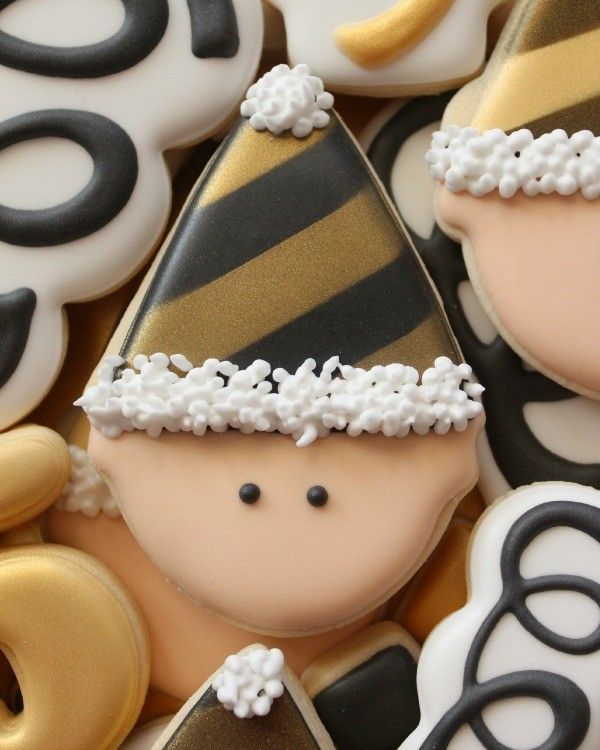 New Year's Cookies and Tips for Making Black Royal Icing