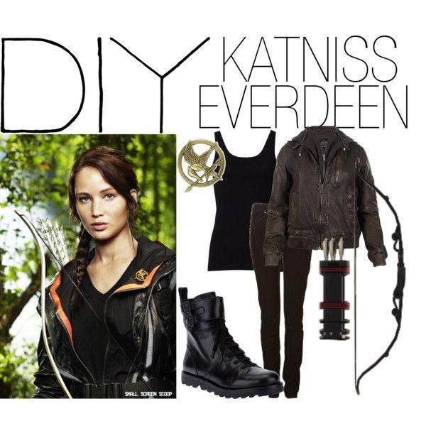 """""""DIY Halloween Costume - Katniss Everdeen"""""""