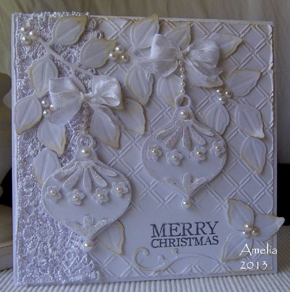 "White Baubles and Bling Cuttlebug embossing folder ""Wicker Weave"" Spellbinders Shapeabilities ""Foliage"" Sizzix Sizzlits die ""Ornament with Flowers"" 657226"