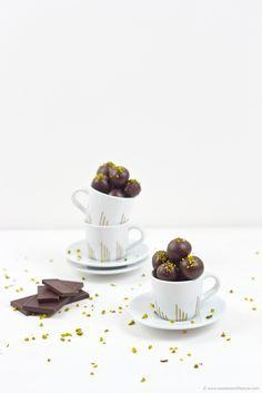 Selbst gemachte Mozartkugeln als Weihnachtsgeschenk aus der Küche // Sweets and Lifestyle