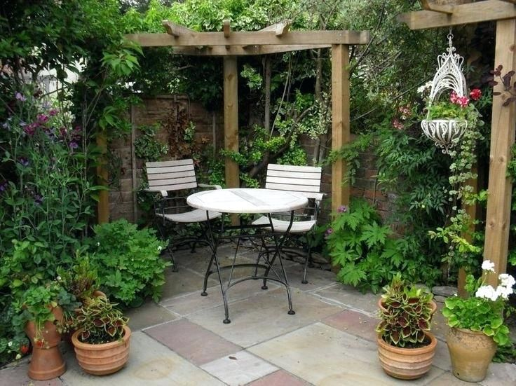 Small Outdoor Courtyard Ideas Best 20 Courtyards On Pinterest Design And