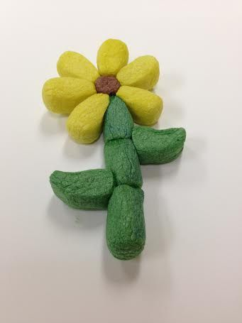 Magic Nuudles Flower! Get ready for Spring with Magic Nuudle crafts.