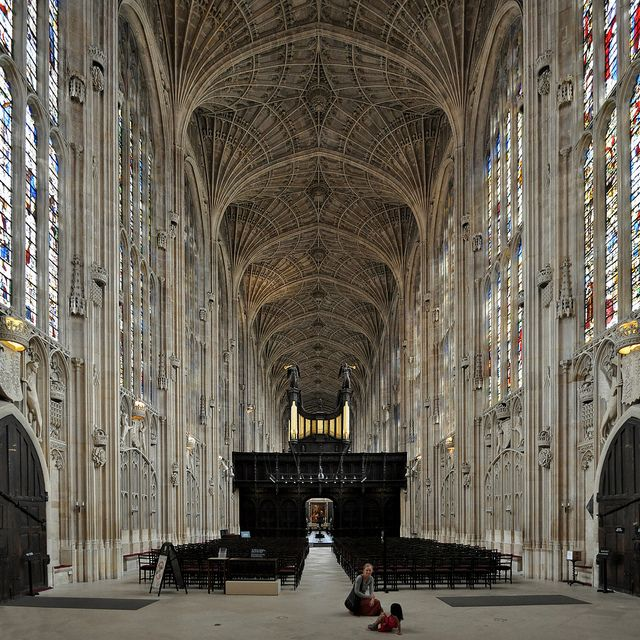 The princess in me is an architectural junky lol. Especially gothic architecture. King's College Chapel, Cambridge. Photo by seier+seier, via Flickr