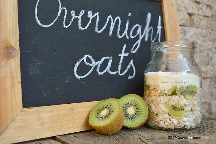 Fulgi de ovaz cu kiwi si cocos - Overnight oats. Un borcan cu mic dejun sanatos si acrisor, cu gust intens de cocos si kiwi. Este perfect atat pentru copii