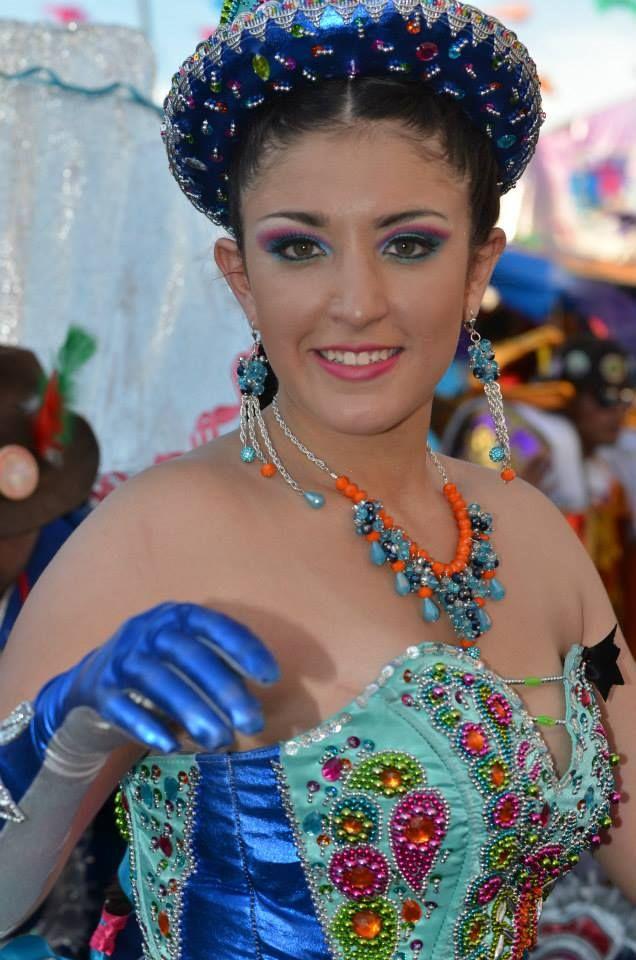 La Morenada o Danza de los Morenos es una danza de la zona altiplánica de Bolivia