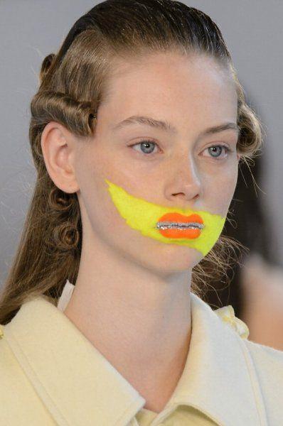 """Trucco """"pop"""" sulla passerella di Maison Margela creato da Pat McGrath #pop #makeup #trend"""