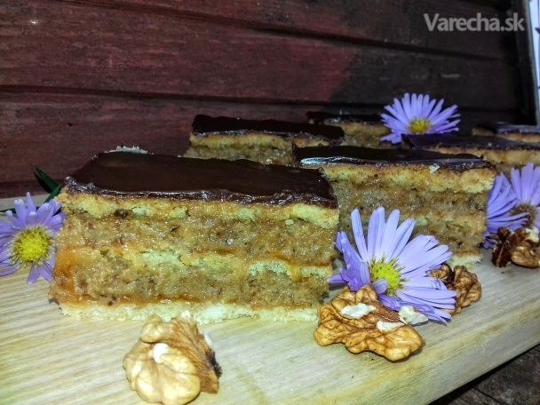 Orechovo-lekvárový koláč (fotorecept)