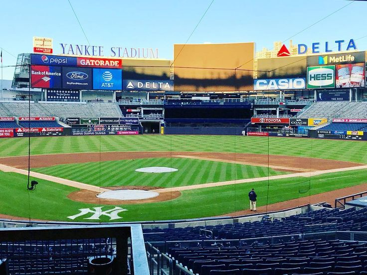 Missing the days watching MLB in the USA Looking forward to the beginning of the season #2018#MLB#USA#orioles#redsox#whitesox#indians#tigers#royals#angels#twins#yankees#athletics#mariners#jays#diamonbacks#braves#cubs#reds#rockies#dodgers#marlins#brewers#mets#phillies#giants#nationals