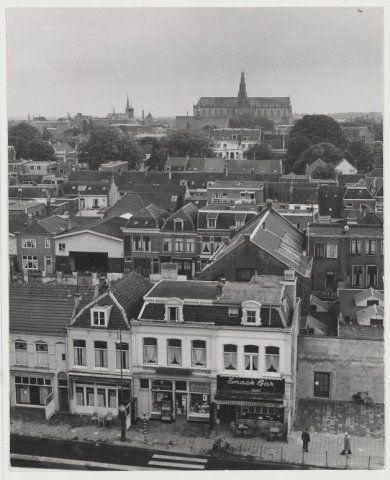 Haarlem 1967 Gezicht vanaf het stationsgebouw, naar het zuiden. 1967