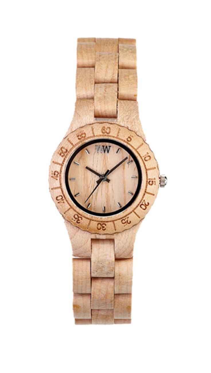 Exkluzivní hodinky WeWood pro ženy.  Javorové dřevo se používá mimo jiné do těl strunných hudebních nástrojů, jeho vlastnosti a jemnou krémovou barvu však můžete ocenit i na hodinkách WeWood, které jsou synonymem pro to, jak dát svému okolí najevo, že vám ochrana životního prostředí také není lhostejná. Například v nadčasovém designu řady Moon.