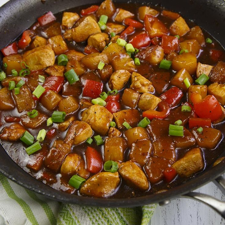 For a Hawaiian-inspired stir-fry, mix McCormick® Garlic Herb, Black Pepper and Sea Salt All Purpose Seasoning with sweet pineapple juice and tangy soy sauce. Pour sauce over chicken and veggies while cooking. Enjoy with rice.