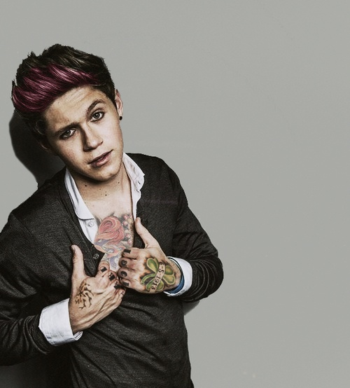 punk one direction>>> I THINK IM HAVING A HEART ATTACK