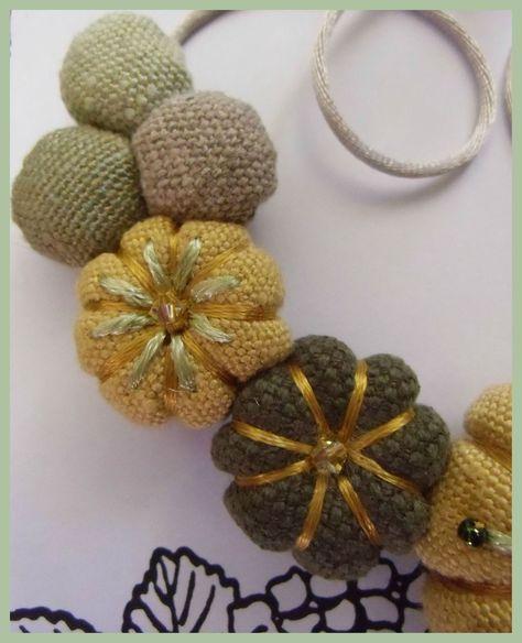 Les Yoyos de Calie - Collier potirons miroir jaune beige kaki vert - Les Yoyos de Calie