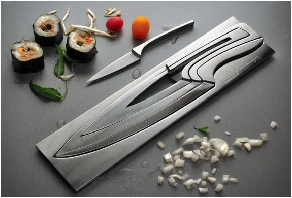The Deglon Meeting Knife Set  is practical, durable and a work of art. Designed by Mia Schmallenbach,  the set of sculptural, nested knives won first prize in the 5th  European Cutlery Design Awards. The set is made of high quality  stainless ste