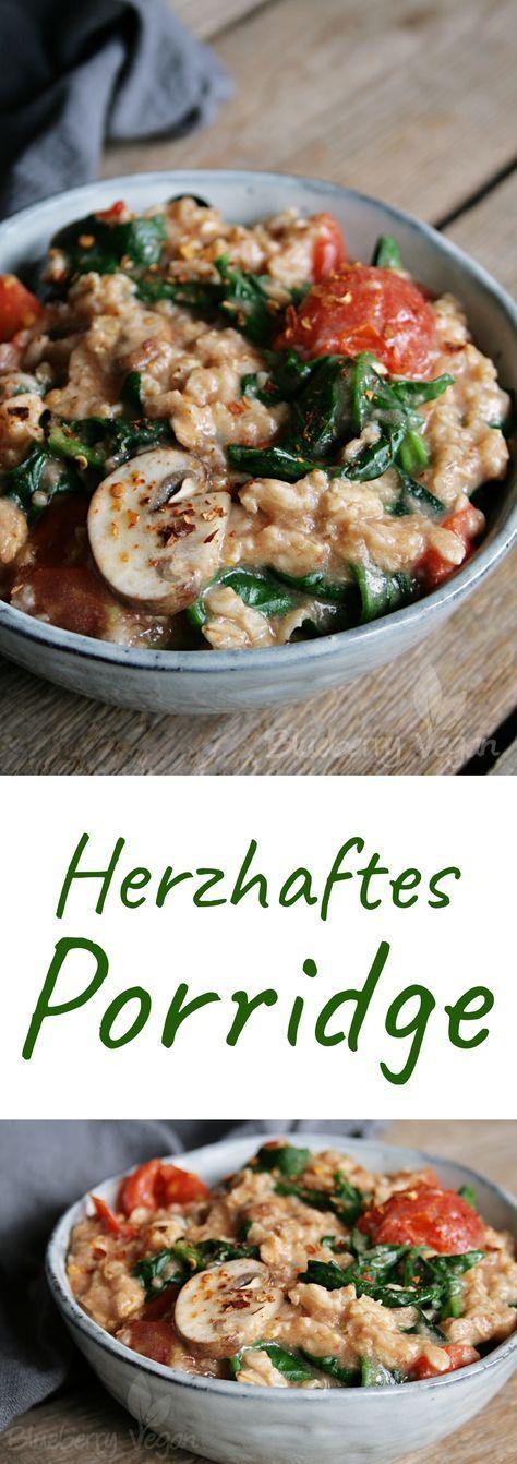 Herzhaftes Porridge mit Tomaten, Spinat und Pilzen
