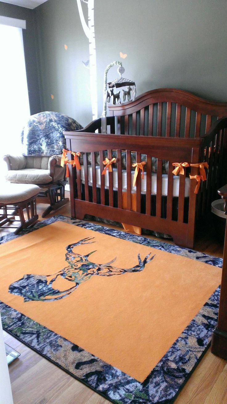 Babies nursery in camo and hunter's orange w/ trees and butterflies #camo #love #countrygirl For more Cute n' Country visit: www.cutencountry.com and www.facebook.com/cuteandcountry