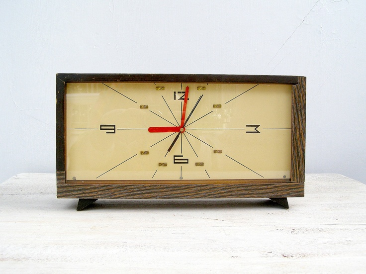 We Need This Clock: Mid Century Wood Clock, Style Minimalist Rectangle  Brown Oblong Clock, Mad Men Office Decor, Fire Place Decoration, Retro  Desin Clock.