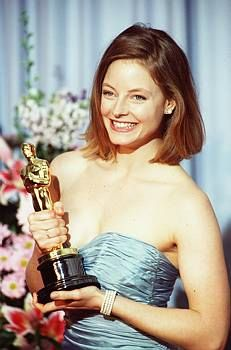 """1988 JODIE FOSTER -  winning Best Actress for her role in the movie  """"The Accused"""""""