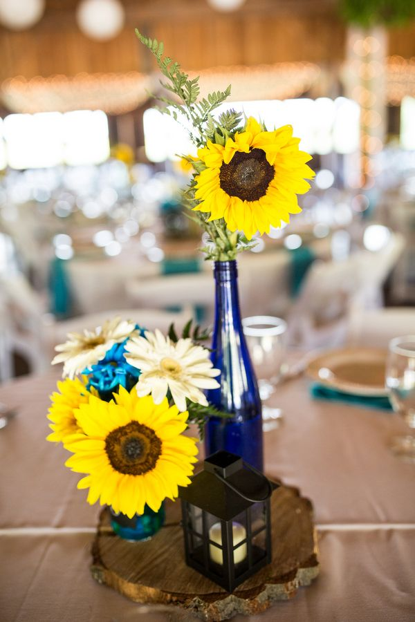 Turquoise Amp Sunflowers Rustic Wedding At Betsy S Barn