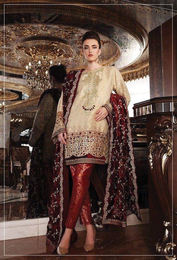 Maria B Premium-Hochzeit Edition, Brautkollektion, samt Schal, Burgund und Gold Hochzeit, gemacht um zu bestellen, pakistanische Kleidung