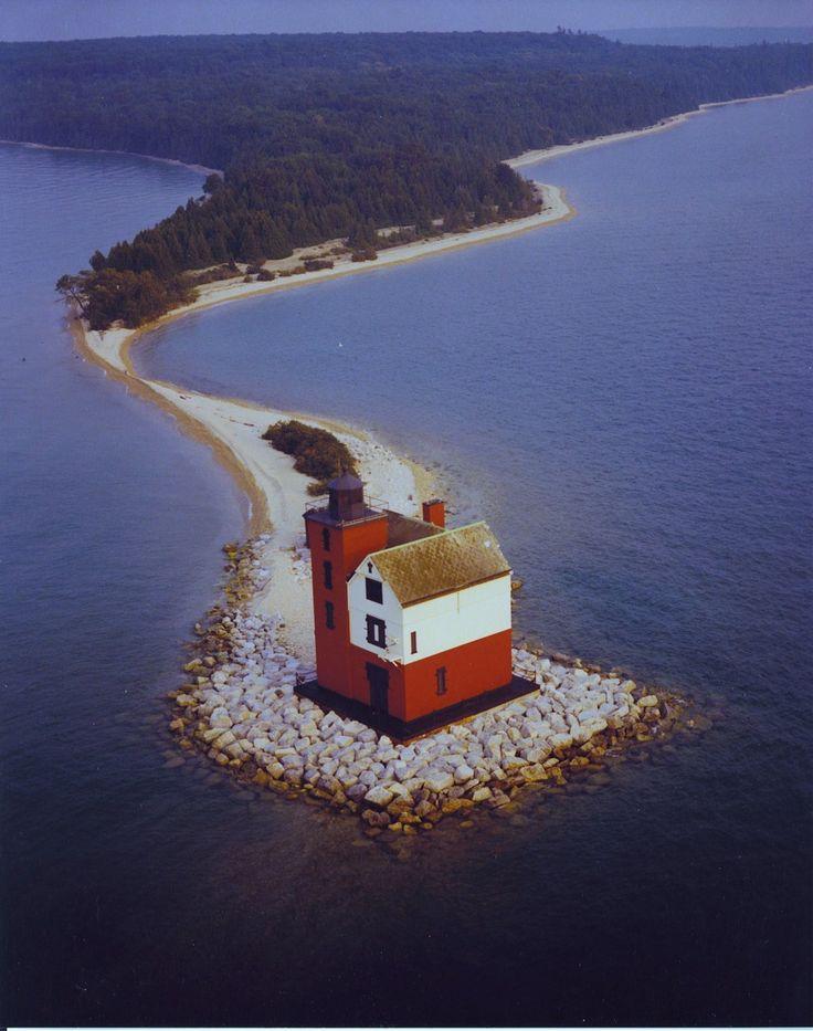 Redondo Island Lighthouse, estrechos de Mackinac, Michigan, Estados Unidos (lagos Huron y Michigan)