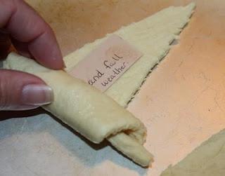 "18 Thanksgiving crafts ... Like ""Thankful crescent rolls"""