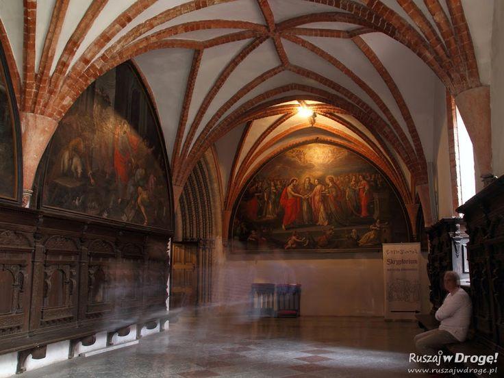 #Katedra w Pelplinie - krużganki Klasztoru Cystersów, #Poland