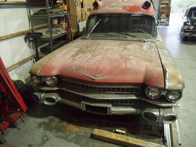 1959 Miller-Meteor Cadillac Hightop Ambulance for sale: photos, technical specifications, description