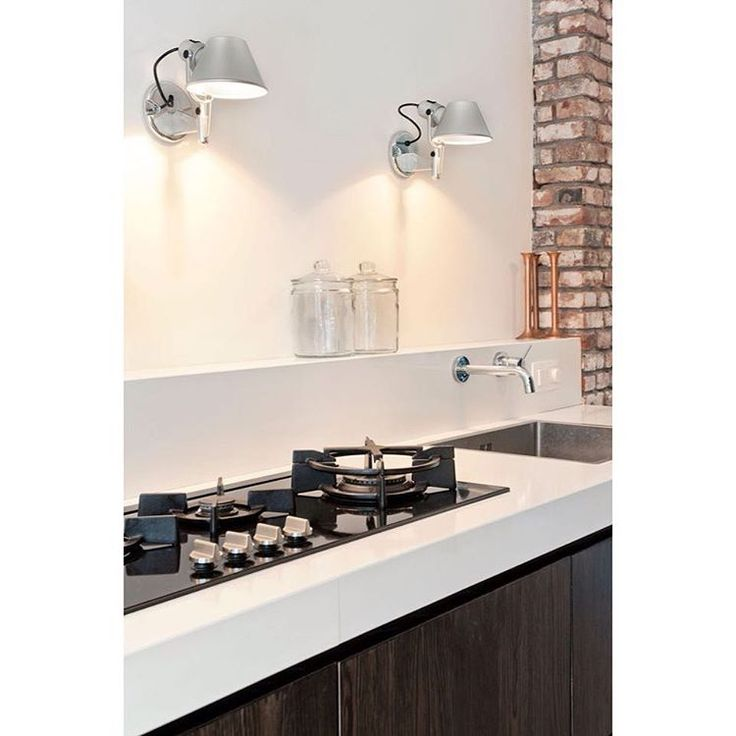 Normally I would only pick those lights for the bedroom but omg they go so well in this kitchen! Simple, but the important elements are finished to a  very high standard.