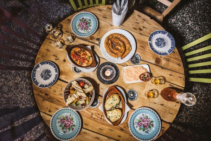 20 μαγαζιά στην Αθήνα που ξέρουν από καλό φαγητό