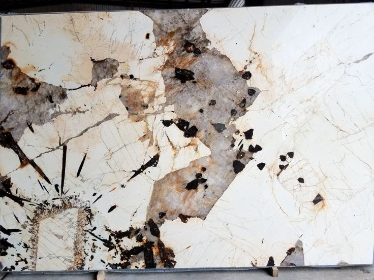 Patagonia Granite Feldspar Quartz Iron Oxide Black