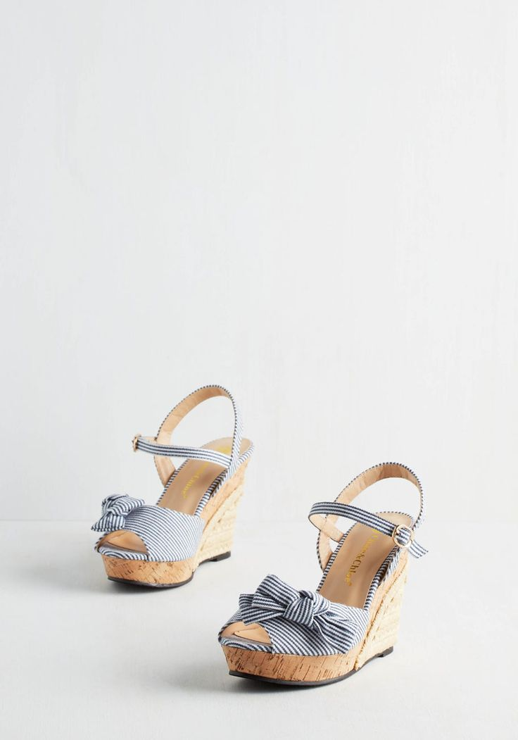 Barbe-cue the Music Wedge in Blue. Imagine your theme song playing as you kick your picnic panache up a notch with these blue-and-white striped wedges! #blue #modcloth
